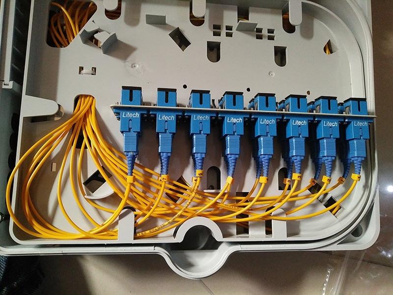 Comment installer la fibre optique chez soi ? Explications et guide complet