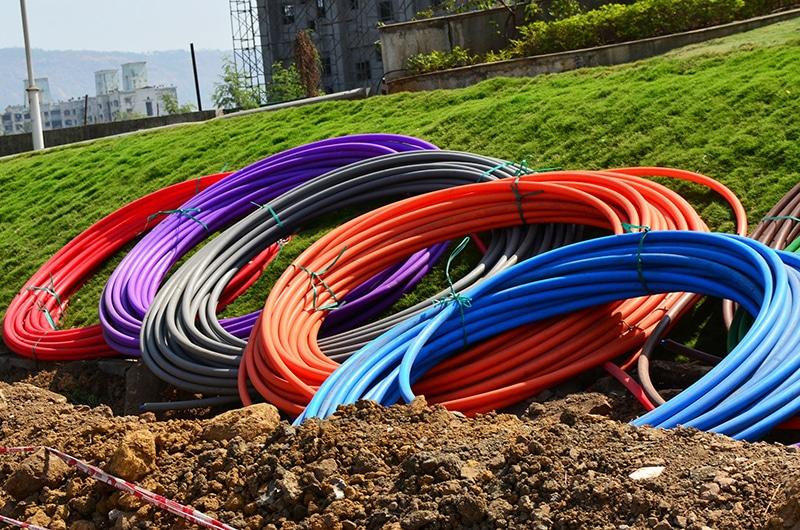 Les rouleau de cable de la fibre optiques