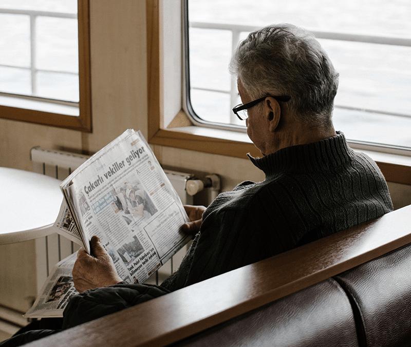 Les personnes âgées de +65 ans partageraient jusqu'à 7 fois plus de fausses informations